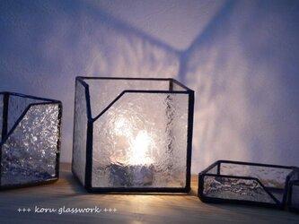 ステンドグラス box 羽根の画像