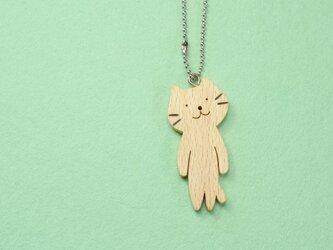 ネコ / 猫 木のキーホルダーの画像