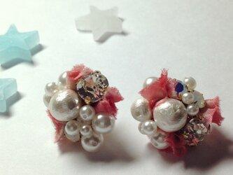 ピンクのリボン花びらのピアス*の画像
