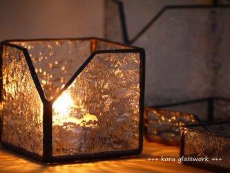 ステンドグラス box 波の画像