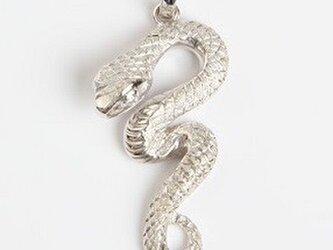 ヘビ ペンダントトップの画像