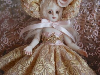 ミニドール15cm ピンクとゴールドのドレスの画像