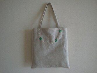 おさんぽバッグ しろつめ草の画像