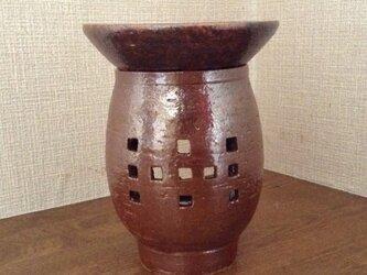 茶香炉ー柿釉幾何紋の画像