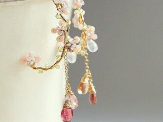 桜-ピンクのお花のフープピアス 14kgfの画像