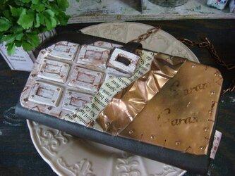 板チョコの財布の画像