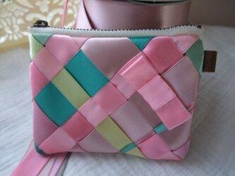 リボン編みのポーチ 春カラー サイズSの画像
