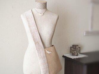 茶綿と高瀬貝の斜め掛けバッグの画像