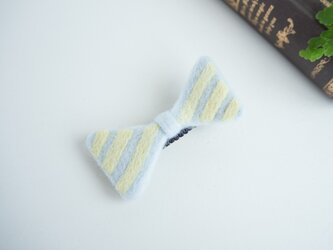 羊毛リボンのヘアクリップ〈ミントボーダー〉の画像