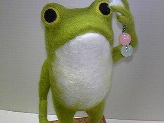 羊毛フェルト「カエルのメモスタンド」の画像