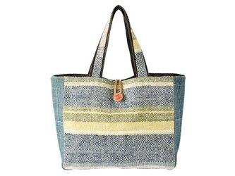 手織布のトートバッグの画像