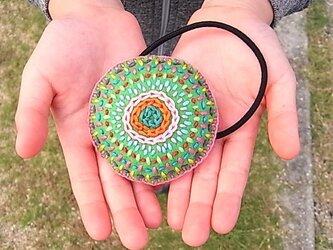 ちくちく刺繍のヘアゴム(グリーン)の画像