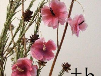 【ピアス(上)】Flower earrings PK×BKの画像