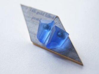 ウミノカクカク SEA GLASS ピアスeの画像