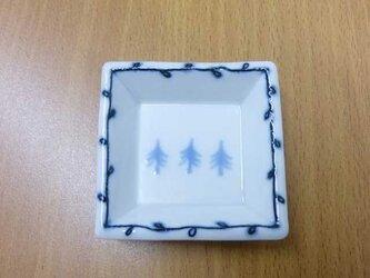 角豆皿「木木木」の画像
