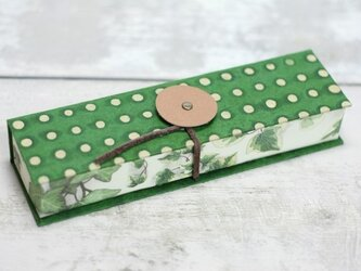 pen-case [ ドットグリーンxつたの葉 ]の画像