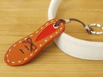 靴型のキーホルダー BR×RD #1-2 (イタリアンレザー)の画像