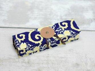 pen-case mini [ 和柄青黄桜に渦 ]の画像