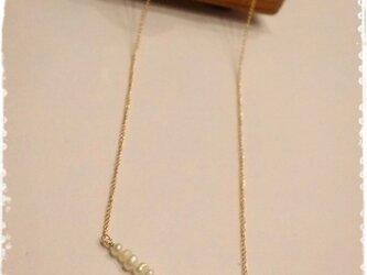 14kgf 小さな淡水パールの華奢ネックレスの画像