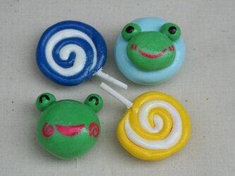 けろとぐるぐるキャンディー(青と黄)マグネットの画像