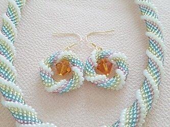 ●sold out●カラフルチューブ編み ネックレス&ピアスの画像