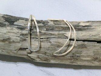 三日月ピアス Crescent Moon Earringsの画像
