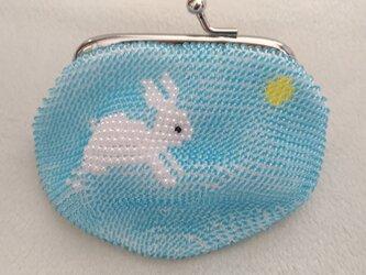 <再出品>ビーズ編みがま口財布 月うさぎ柄の画像