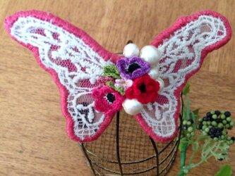 蝶々のバレッタ(ピンク系)の画像