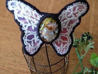 蝶々のバレッタ(黒系)の画像