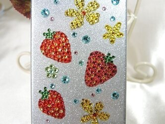 iphone5オリジナルデザインデコカバー*いちご*の画像