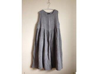 ギャザーたっぷりジャンパースカート/べんがら染め 古色/医療用ガーゼ服の画像