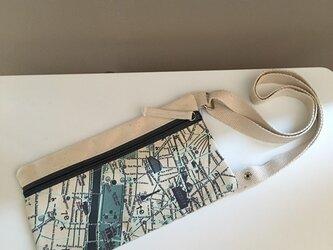 キャンバストートマップ エアチケットポーチ パリの画像