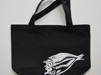 アジの開きトートバッグ、魚、釣り, 送料無料の画像