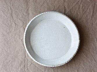 gizagizaリム皿(中/白)の画像