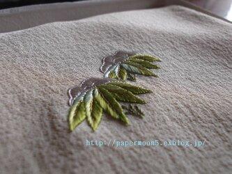 袱紗「雪持ち笹」の画像