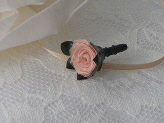 バラのイヤホンジャックの画像