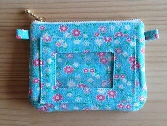 お札も入るパスケース付コインケース YUWA爽やか小花の画像