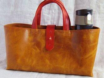 【受注生産】ラクダ革の横長トートバッグ(カーキ・Mサイズ)の画像