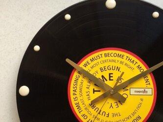 レコード盤壁掛け時計(格言・黄)の画像