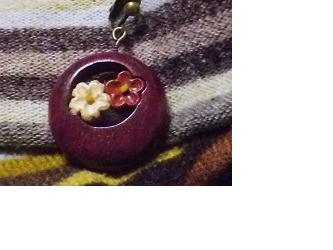 パープルのムーンイヤリング花月柄の画像