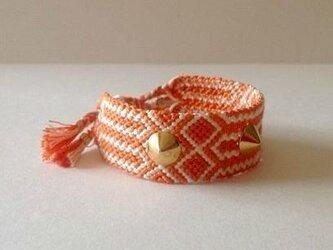 スタッズ付2カラーミサンガ(オレンジ)の画像