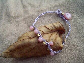 シルク糸のブレスレット ピンクオパール×シルクの画像