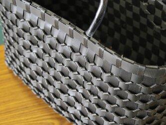 NO.17 立体ウロコプラスチックかご 〈ブラック〉の画像