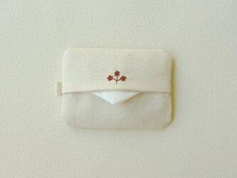 花刺しゅうのポケットティッシュケース(ディープレッド)の画像
