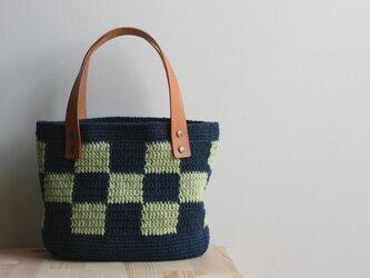 格子模様のバッグ(紺×緑)の画像