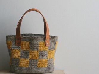 格子模様のバッグ(カーキ×黄)の画像