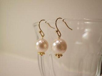 pearl earringsの画像