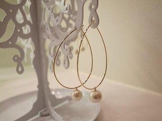cotton pearl hoop earringsの画像