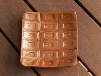 チョコレートの皿の画像