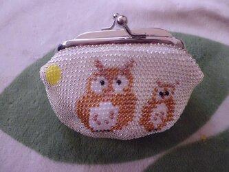 [再販]ビーズ編みがま口財布 月とふくろう柄の画像